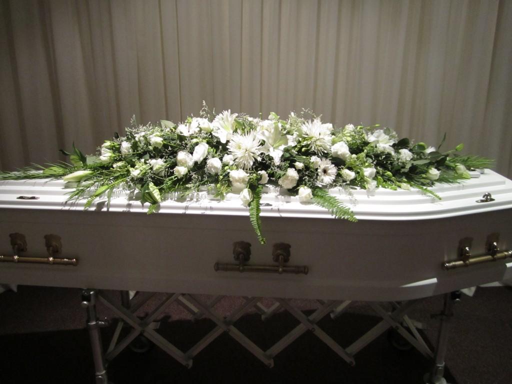 White Flowers 10 Australian Heritage Funerals Toowoomba