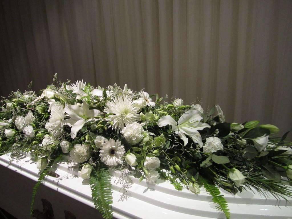 White Flowers 6 Australian Heritage Funerals Toowoomba